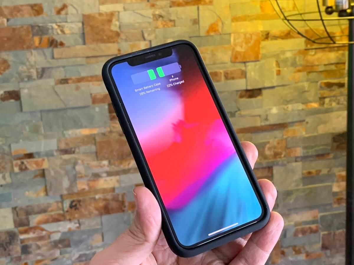 op sac iPhone XS van dang duoc test tren iPhone X
